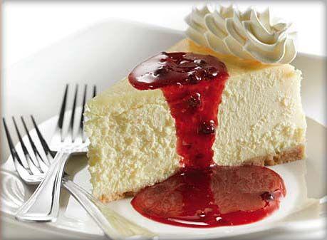 Quand j'étais plus jeune, je me demandais pourquoi les gens voulaient manger un gâteau au fromage, ça ne faisait pas beaucoup de sens, mais maintenant je comprends! C'est très bon et onctueux…