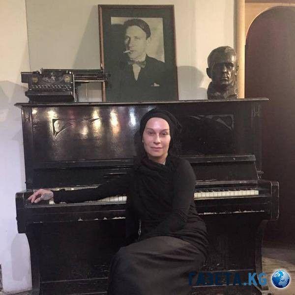 nargiz-zakirova-skandaly-magiya-i-muzhchiny-v-zhizni-pevicy_3 (600x600, 51Kb)