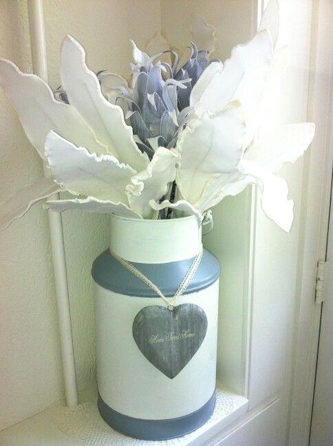 25 beste idee n over grijze verf op pinterest grijze verfkleuren grijze muren en grijze - Grijze verf ...