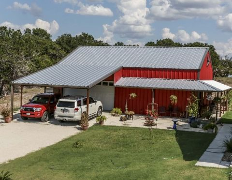 Gal custom building gallery 32 mueller inc for the for Metal garage with porch
