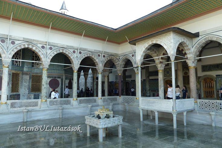 Topkapi palota belső udvara