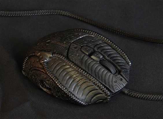 H.R. Giger Inspired Custom Xenomorph Computer Mouse.: