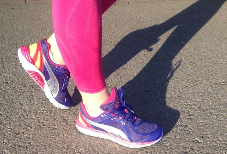 Vihdoin selitys lenkkareiden ylimääräiselle nauhanreiälle! Näin sidot juoksukengät oikein | Me Naiset