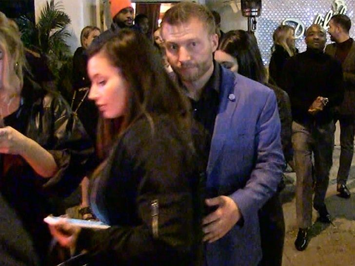 Tmz Sean Mcvay Hit L A Hot Spot With Girlfriend After Beating Cowboys There S Just No Way Your Head Coach Is This Cool Sean Mcvay Hot Spot Los Angeles Rams