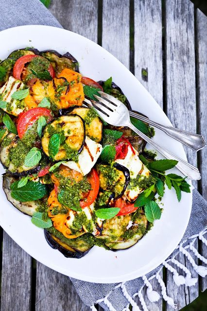 Grilled Halloumi Salad with Mint Dressing - Vegetarian & Vegan Recipes