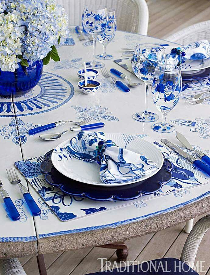 Beautiful Cobalt Table setting & 138 best Table Settings images on Pinterest | Blue and white Dinner ...