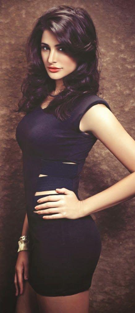 #NargisFakhri Wears #Bikini For 'The Man' October 2013 Edition