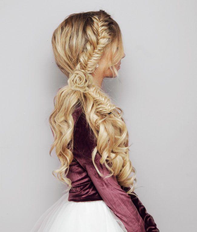 Коса рыбий хвост и цветок из волос