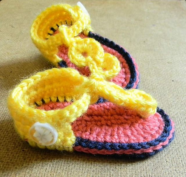 Ravelry: txmommylady's Tickled Pink Sandals - Test