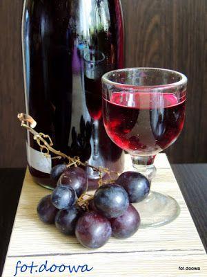 Moje Małe Czarowanie: Nalewka winogronowa