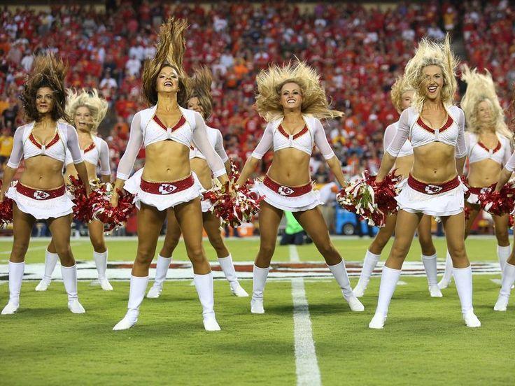 Photo Gallery: Chiefs Cheerleaders Game Night