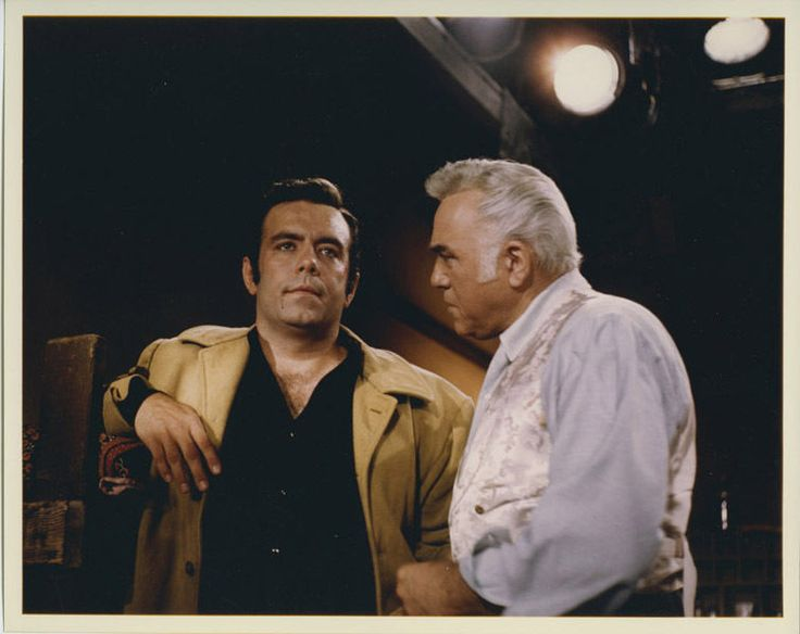 BONANZA PERNELL ROBERTS LORNE GREENE on set Tv western Vintage color 8x10 Photo