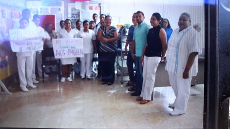 Por falta de pago toman área de Gobierno del ISSSTE en Tehuantepec