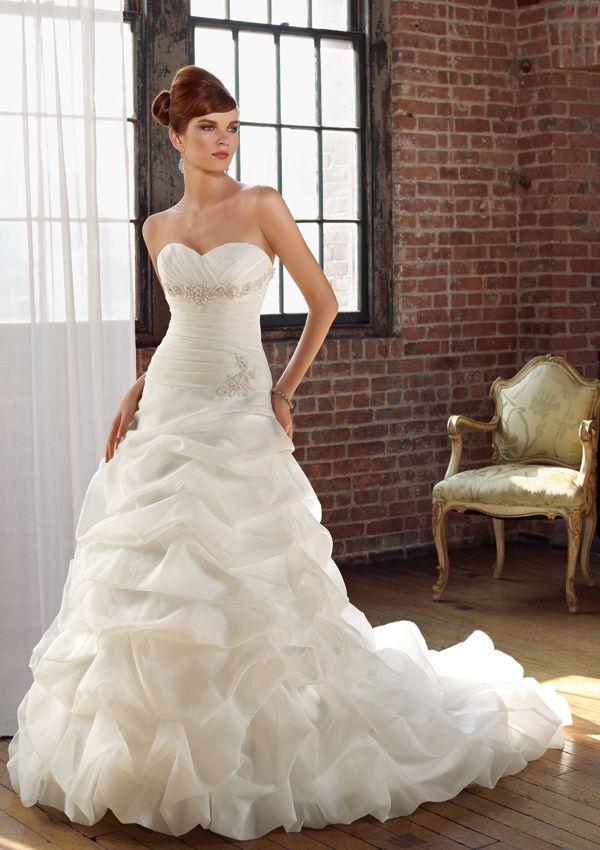17 mejores imágenes sobre corsetted gowns en Pinterest | Satén ...