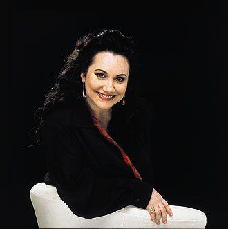 Cheryl Studer- ( 24.Oktober 1955- ) ist eine amerikanische Opernsängerin in der Stimmlage Sopran.