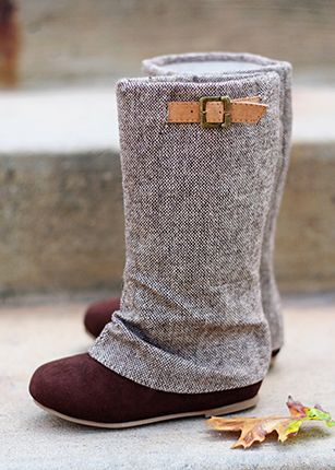 25  best ideas about Girl boots on Pinterest | Baby uggs, Little ...