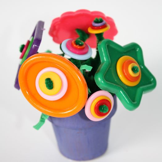Bouquet of Buttons Craft Kit for Kids {via Freckles Crafts}