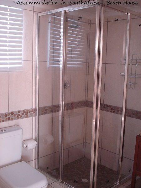 Neat accommodation at Beach House Accommodation. http://www.accommodation-in-southafrica.co.za/NorthernCape/PortNolloth/BeachHouseAccommodation.aspx