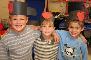 Mrs. Lee's Kindergarten: Apples, Apples, Apples