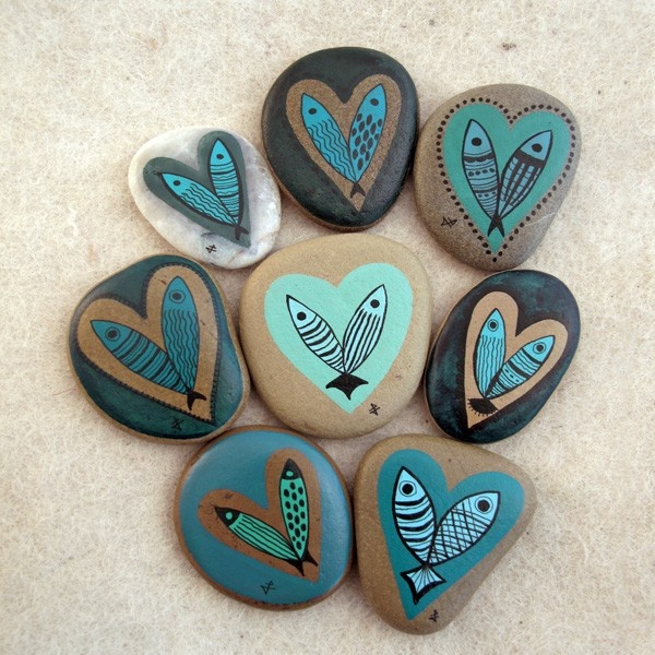 painted stone / blue valentine
