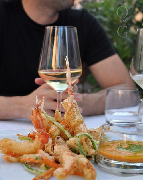 Romantic dinner / Photo by Irina Eller / irinaeller.com #wine #food #italy #restaurant #sardinia #sardegna #olbia