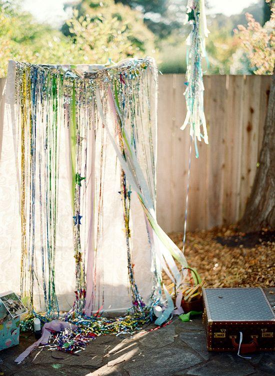 Birthday photobooth idea | 100 Layer Cakelet