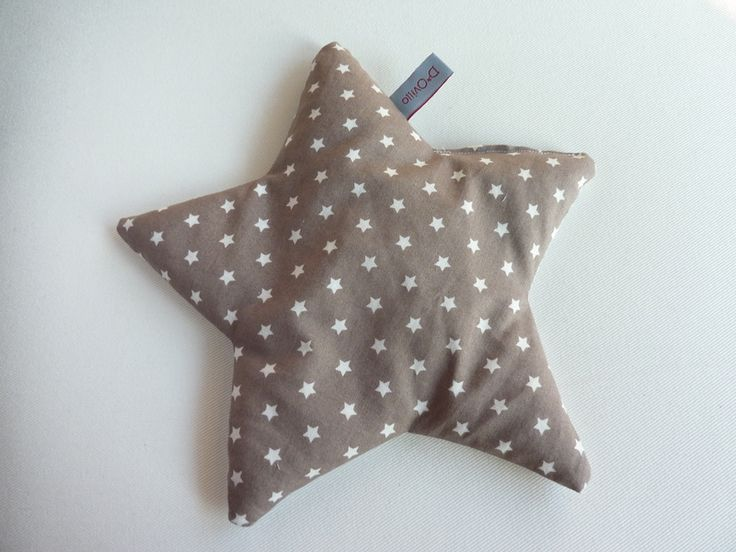 Großer+Dinkelstern+Wärmekissen+Stern+braun+von+Dovillo+-+kleine+Dinge+aus+Stoff+für+Groß+und+Klein+auf+DaWanda.com