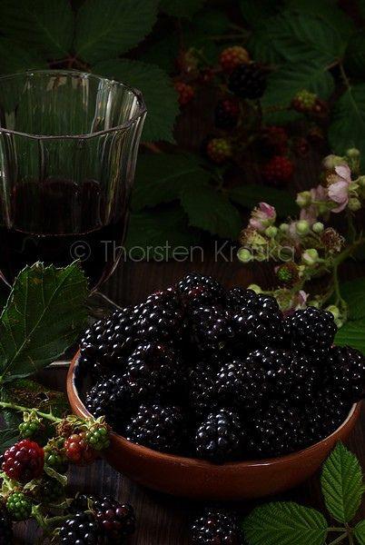 cheap nike air force ones low blackberries