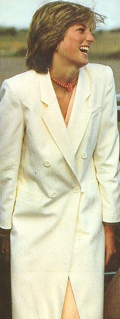 When Diana returned from her honeymoon in August 1981, she wore this cream coat with a coral dress, and coral necklace.