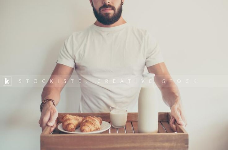 Morning breakfast in bed, always cool. By Noelia Sanchez Uroz   Stockiste.com  Creative stock + Exclusivity on the GO!   Download Link: https://www.stockiste.com/display/man-holding-a-wooden-tray-with-morning-breakfast/16630  #Stockiste, #StockisteCreativeStock, #Stockphoto, #Stockimage, #Photography, #Photographer, #NoeliaSanchezUroz, #ContentMarketing, #Marketing, #Storytelling, #Creative, #Communication, #Breakfast, #Morning, #Milk, #Croissant,  Man holding a wooden tray with morning…