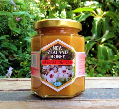 UMF協会認定UMF マヌカハニー 20+ 250gハニーマザーのマヌカハニーはキャラメルのようなコクと香ばしさを持つ、最高品質のマヌカハニーです。100%純粋&非加熱生ハチミツ 05P01Nov14