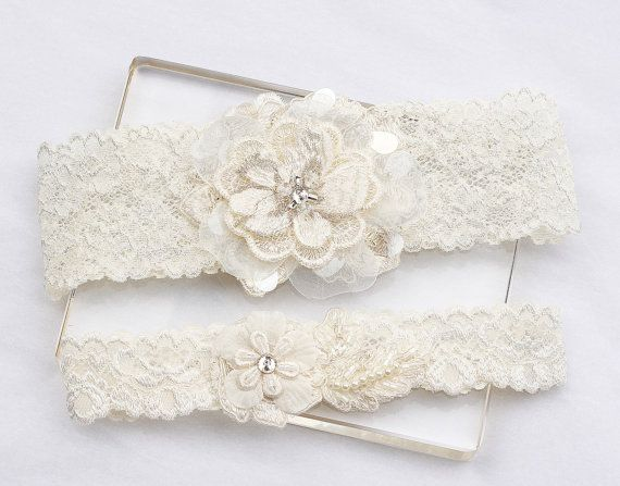 Hey, I found this really awesome Etsy listing at https://www.etsy.com/ca/listing/184289684/ivory-lace-garter-set-wedding-bridal