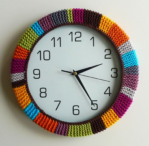 Cool #knit clock cozy. This is a great way to add color to a room and use up your yarn stash.