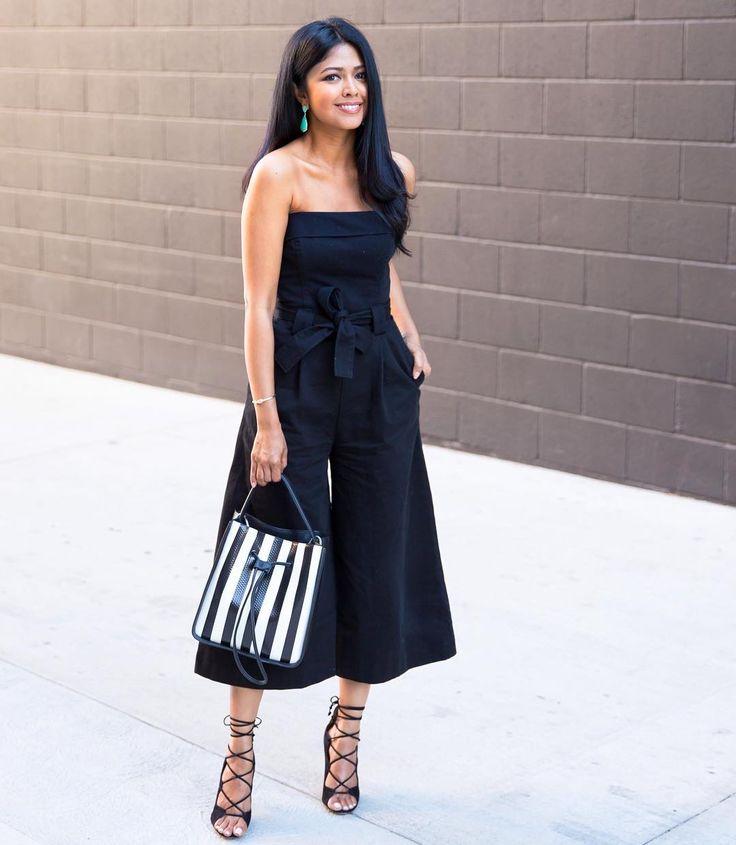 Платья и юбки на запах пригодятся тебе в разных ситуациях. Для повседневного стиля выбирай юбки-мини, сочетая их с футболками, а для деловых образов...