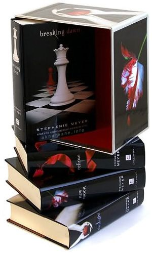 Loved these books.Worth Reading, Twilight Book, Book Worth, Movie, Breaking Dawn, Favorite Book, Twilight Saga, Stephenie Meyers, Twilight Series