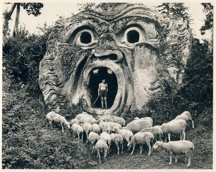 Life Amongst the Ruins, Jardin de Bomarzo, Italie - 1952 - Herbert List