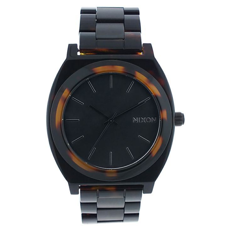 This classic timepiece by Nixon features a plastic case and bracelet. A brown dial, precise quartz movement and a water-resistance level of up 30 meters finish this fine timepiece.