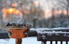Der Tag der Wintersonnenwende, der 21.12. bildet den Auftakt zu den12 heiligen Nächte… die Rauhnächte… die heilige Zeit des Übergangs. In dieser jetzigen unruhigen Zeit, in der …