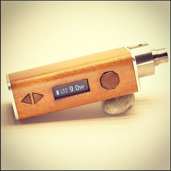 Hancrafted, perfect for dripping 20 watt wood mod.  #vapepics #vape4you #vapelife #vapelyfe #vapenews #vapestagram #vapeporn #vapepoland #woodboxmod #boxmod #mod #18350 #18500 #epapieros #elektronicznepapierosy #ecig #warszawa #polska #poland #dripper