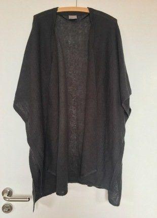 Kaufe meinen Artikel bei #Kleiderkreisel http://www.kleiderkreisel.de/damenmode/cardigans/144423432-grauer-cardigan-aus-strick-in-onesize