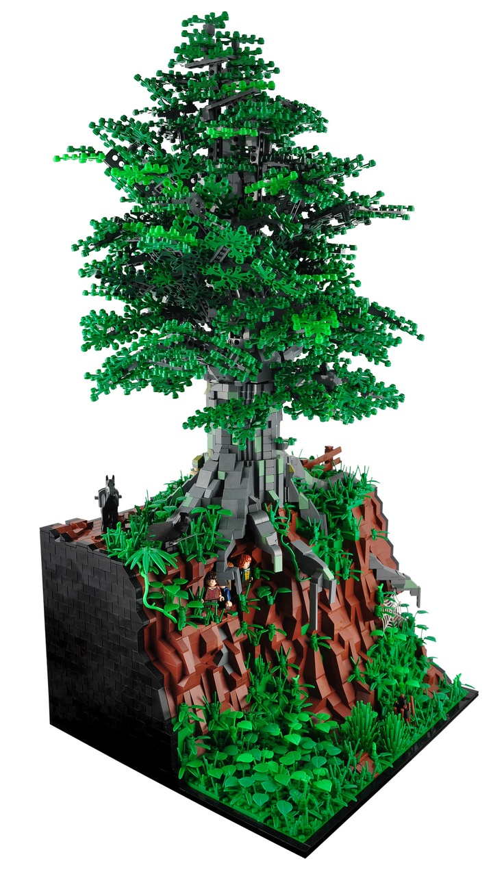 LEGO - The Ringwraiths' hunt for Hobbits, by Xenomurphy. I love Lego sets with cliffs and elevation change!
