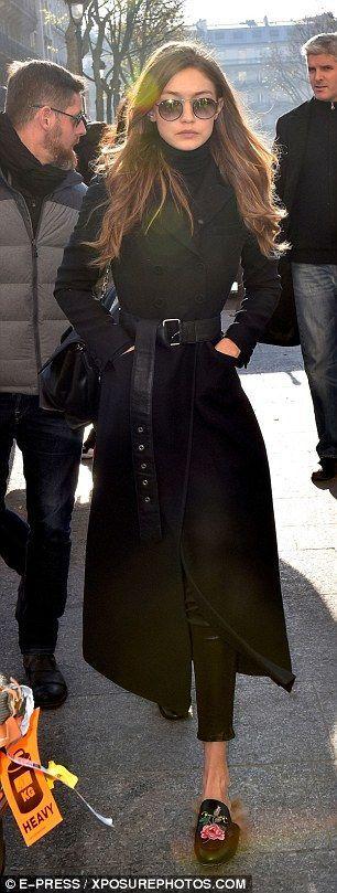 Gigi Hadid exchanges her lingerie for a nice winter coat – #chic # lingerie #one # against #Gigi