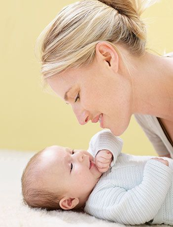 Mommy & Me Core Mucsle Strengthening Exercises!