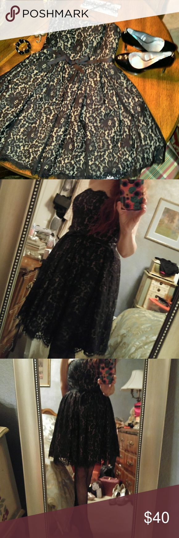 """Gorgeous Lace Strapless Evening Dress Sz 10 NWOT Gorgeous Lace Strapless Evening Dress Sz 10 brand: Liberated & Free Genuine Denim Company extremely well made.   No stretch.   Measurements laying flat armpit : 17"""" waist: 15: 4 layered skirt. Liberated & Free Denim Co. Dresses"""