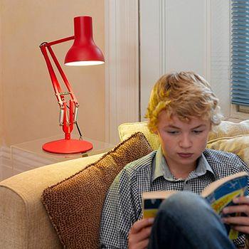 ピクサーのあのランプみたい!アングルポイズのランプがレトロ可愛い ... さりげなくお部屋に置くだけでもポップキュート。
