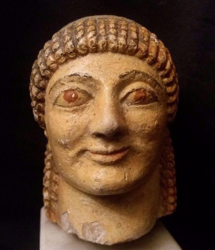 Sculpture petite tête personnage pierre roche dure polychrome Italie Rome ??