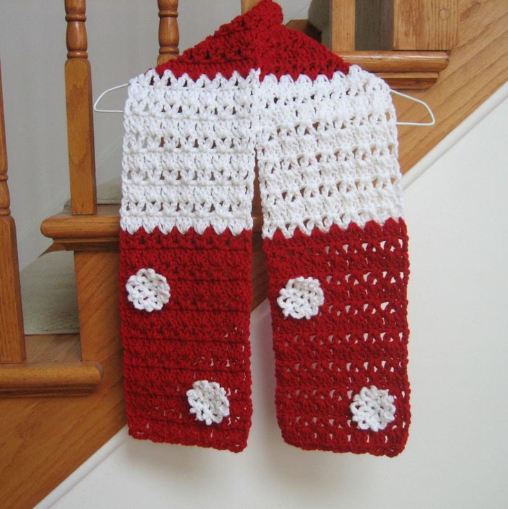 Free Crochet Patterns For Christmas Scarves : Candy Cane Christmas Scarf Pattern Crochet scarfs, Free ...