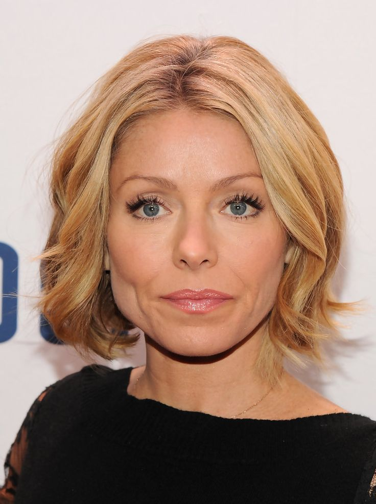 Best 25 kelly ripa haircut ideas on pinterest kelly ripa hair kelly ripa wavy bob kelly ripa short wavy cut hairstyles urmus Image collections