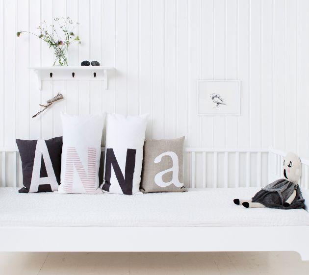 alphabet pillows...someday i'll make that for my girls...