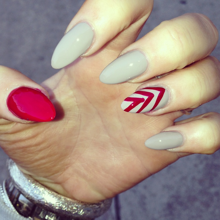 Best 25+ Pointed nail designs ideas on Pinterest   Nails ...